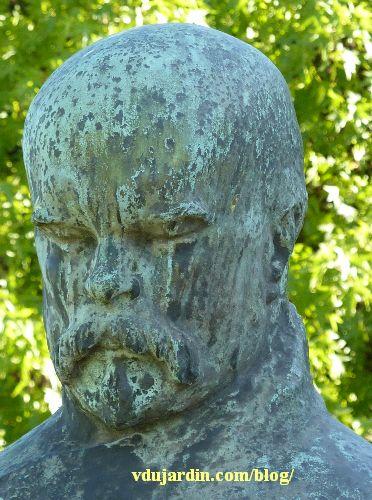 Metz, le monument à Paul Verlaine, détail du visage
