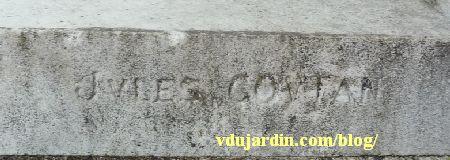 La tombe de la famille Herbette, cimetière du Montparnasse à Paris, signature de Jules Coutan
