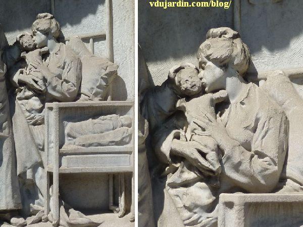 Le monument au docteur Tarnier à Paris, l'accouchée et son enfant