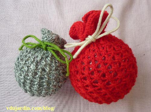 La vraie tricoboule hortense grise et la fausse clémentine rouge
