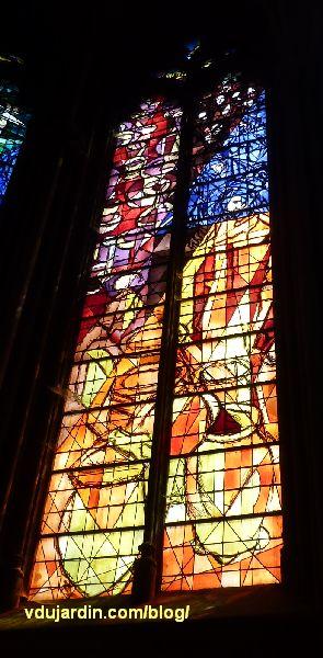 Cathédrale de Metz, vitraux de Jacques Villon, quatrième baie