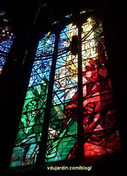 Cathédrale de Metz, vitraux de Jacques Villon, cinquième baie