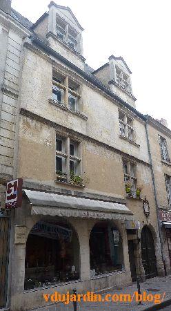 Poitiers, hôtel Barbarin, dans la grand'rue