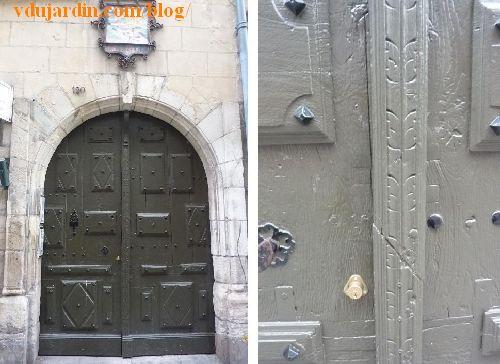 Poitiers, hôtel Barbarin, détail du portail