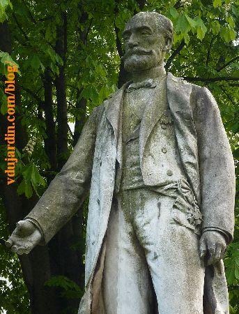 Lyon, monument à Sadi Carnot, vue de face de la statue