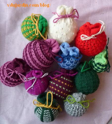 Douze tricoboules avec la tricoboule liseron