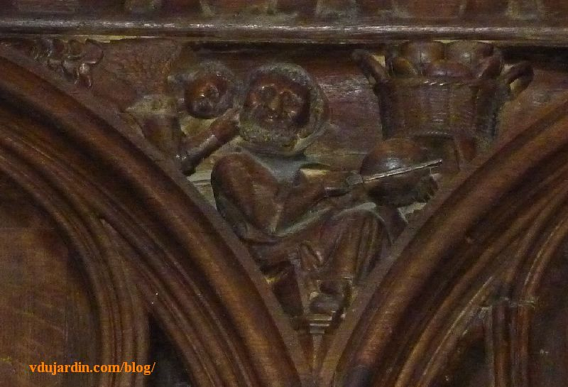 Stalles de la cathédrale de Poitiers, la gourmandise